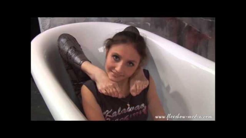 Amazing flexibility video naked