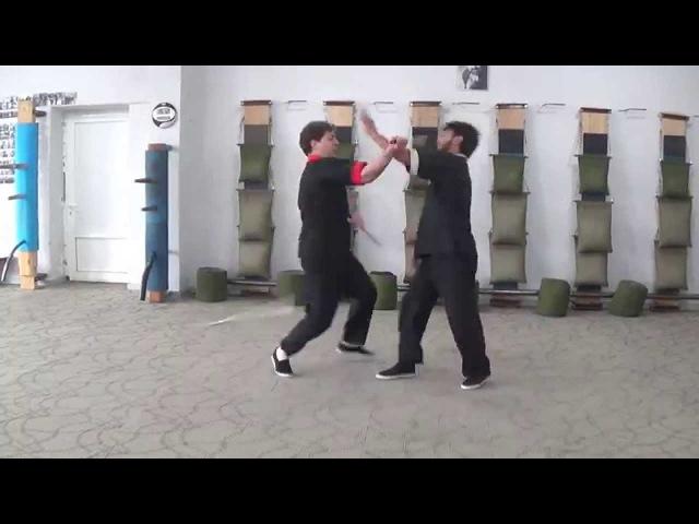 Armenian Wing Tsun Винг Чун Knives fights vs stick Ножевой бой Master Hovhannes Musheghyan
