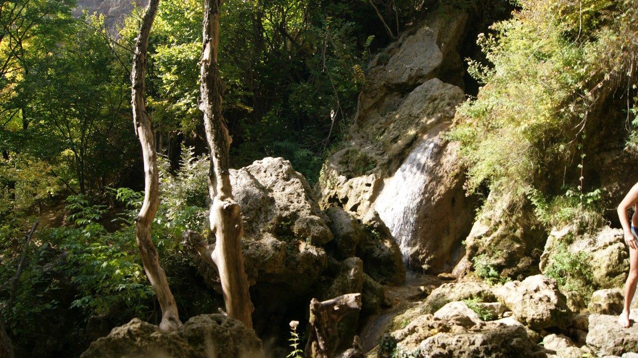 Водопад Су-Учхан Красная пещера.