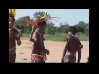 Последние обитатели дикого племени в джунглях Амазонки