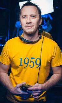 Иван Титаров