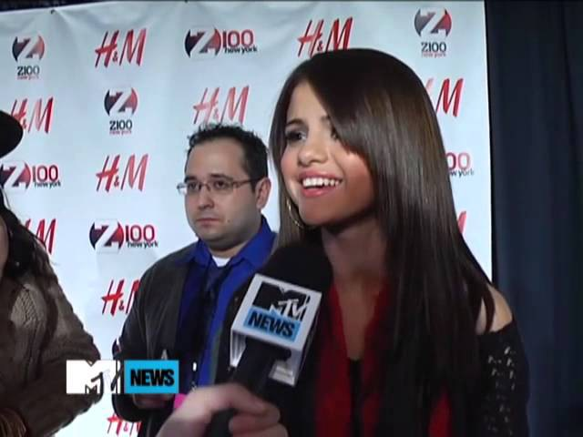 Selena talks about her date with Justin at IHop (Dec. 11,2010)