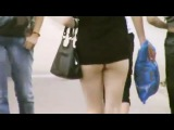 Приколы #4: Такие девушки ходят по Москве! Из жопы вытащили зонт. Прикол с грязным танцем