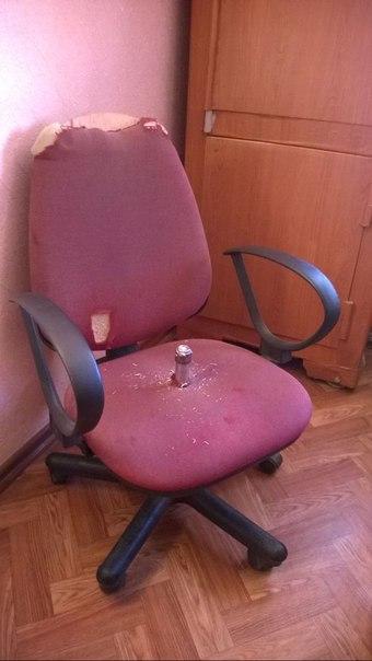 Кресло с фалосом фото 466-944