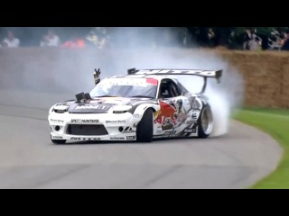 NEW ZEALAND ROTOR GOD 'MAD MIKE WHIDDETT' IS THE MOST ENTERTAINING DRIFTER ON EARTH, YEAH WE SAID IT, WATCH HIM SLAY TIRES ON HIS VIRGIN GOODWOOD HILL CLIMB LAP!