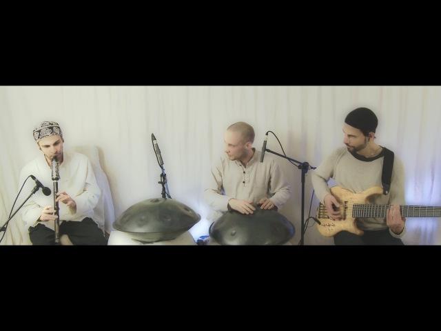 Kuckhermann-Nadishana-Metz 'Sound of Viborg' (hang, bawu, bass)