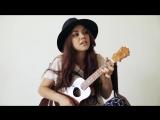 Милая девушка, круто спела под гитару