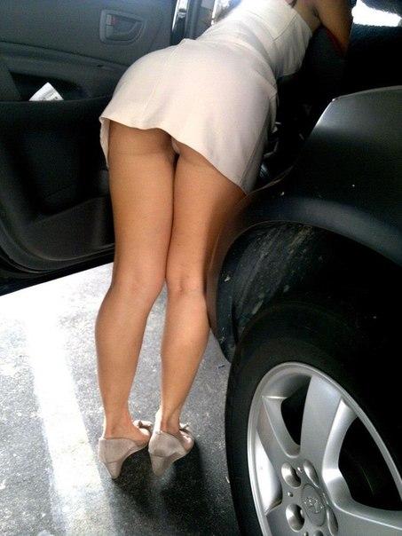 короткие юбки красивые ножки