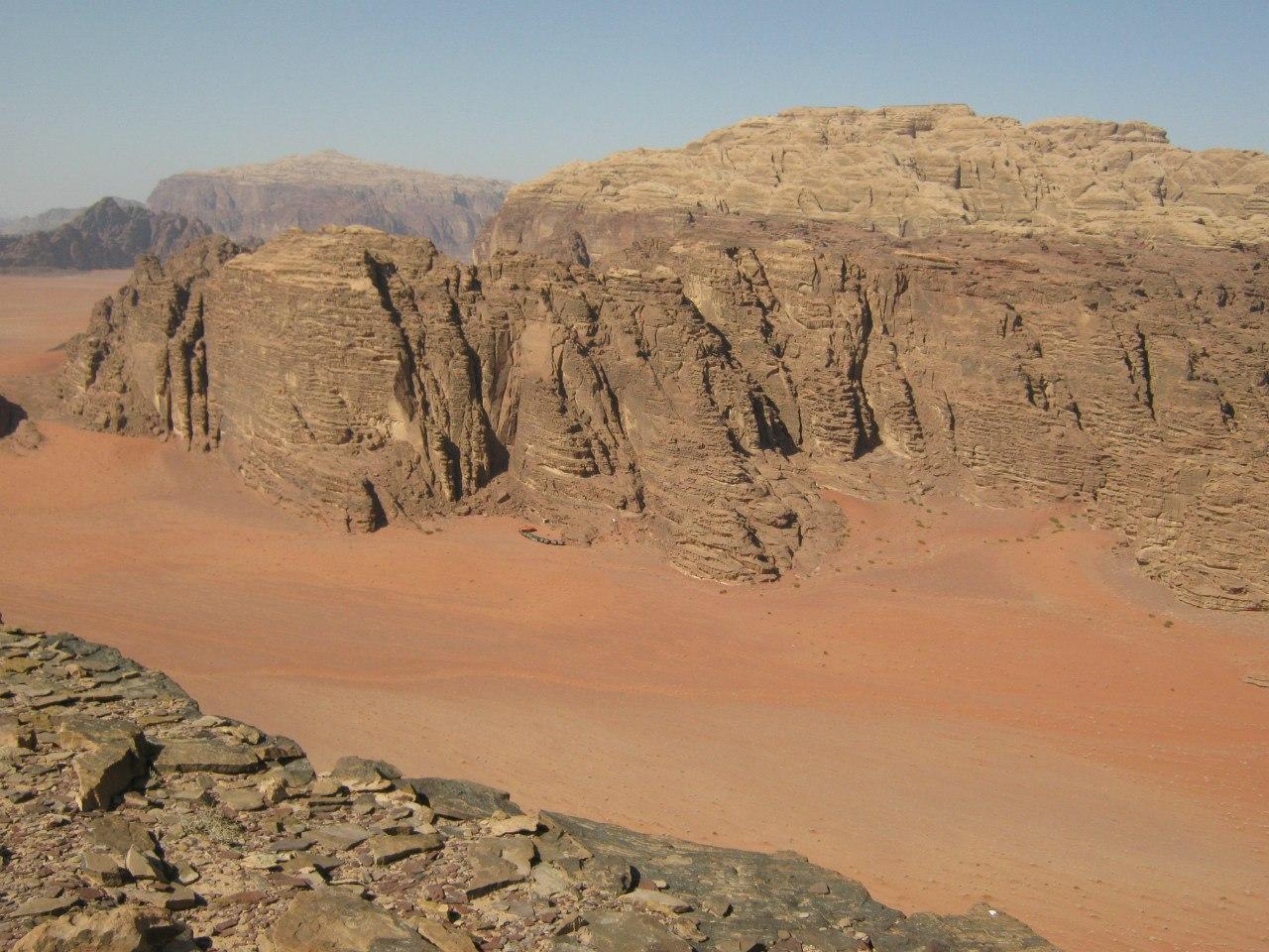 Каньоны и кемпинги в Вади Рам
