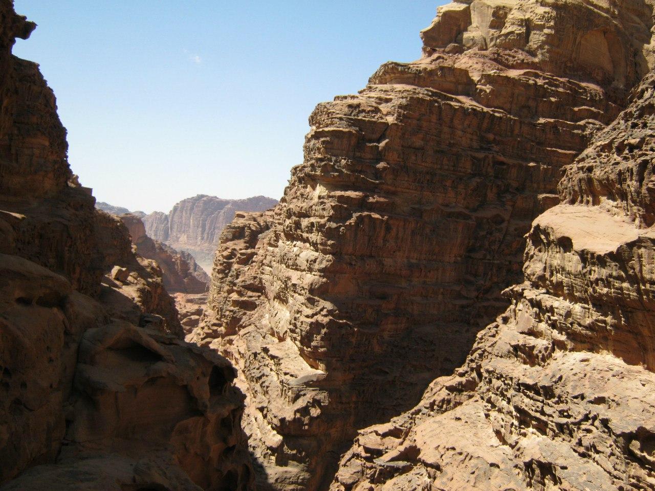 скальные лабиринты в Вади Рам