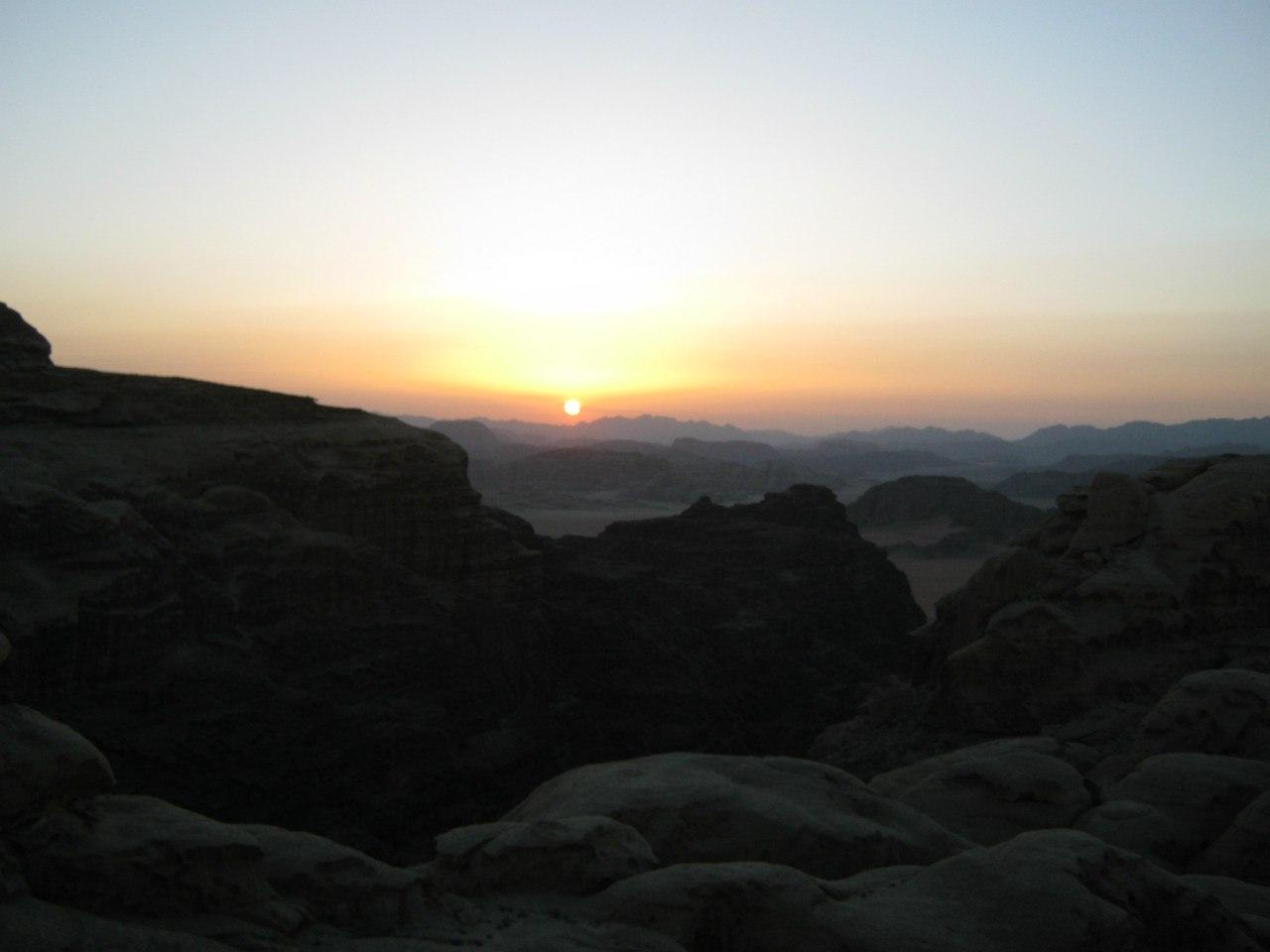 закат солнца в Вади Рам