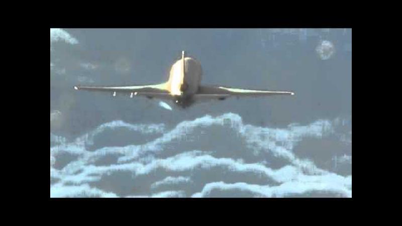 ChemTrail Sprayer - 100% proof - filmed up close by AF pilots