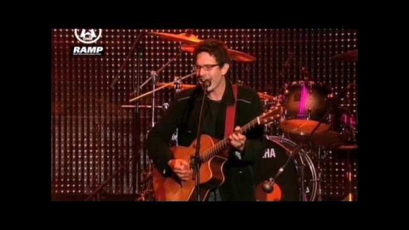 Yoav - Beautiful Lie (live)