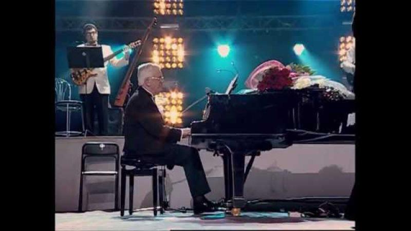 Raimonds Pauls with Alex Fokin RadioBand - Ping Pong With The Moon (feat Kim Sanders)