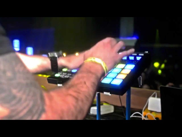 Incredible pad drumming live on Maschine | Foundation, Seattle
