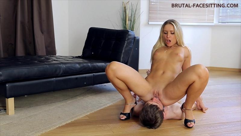 porno brutal filmi facesitting