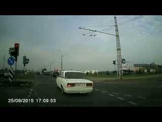 Видеорегистратор G30 Novatek 96620. Дневная съемка. Тест.