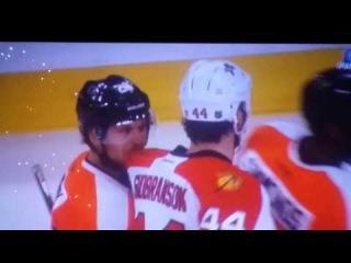 Claude Giroux bites Erik Gudbranson's jersey