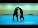 Самооборона — удар коленом в пах