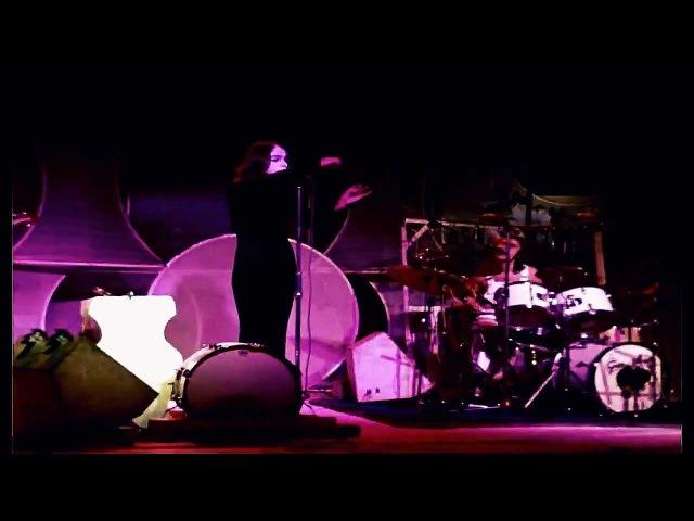 Genesis - Live in Shepperton 1973 in real 169 Widescreen