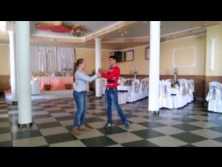 Яна та Ваня Немеш репетиція в ресторані с.Теребля)))