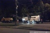 19 июня 2012 - Починяют улицу Революционную