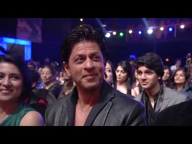 Romantic medley tribute to Shahrukh Khan by Bollywood Singers Mirchi Music Awards Radio Mirchi