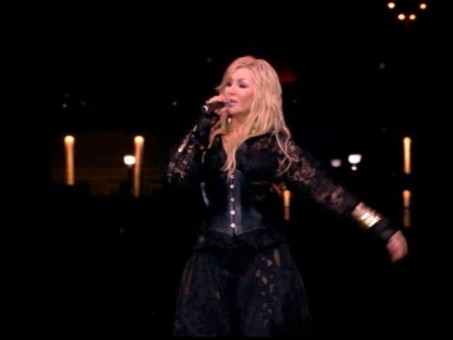 Ірина Білик по-новому заспівала хіт Пригадай