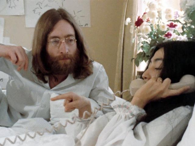 BED PEACE starring John Lennon Yoko Ono