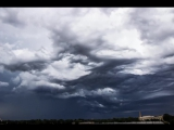 Таймлапс видео: гипнотические небесные волны