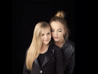 """Lennon and Maisy Stella on Instagram: """"Now you see me....Now you don't :)"""""""