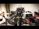 Роботы рубасят метал Прикол юмор ржач смешное видео (1)