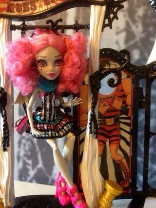 Фото плейсета freak du chic с куклой рошель