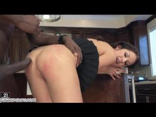 Еле поместился в её маленькие дырки [порно и секс 18]