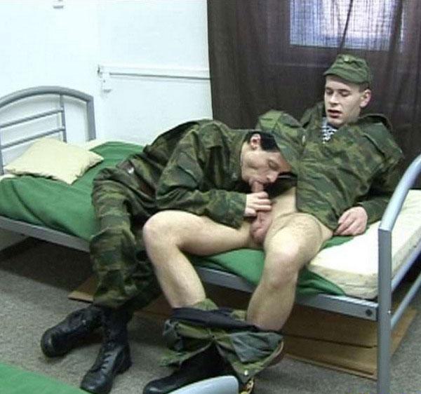 Кто дрочил в армии #3