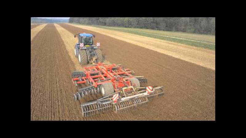 NewHolland T9.560 with Gregoire-Besson Discordon working down beet land