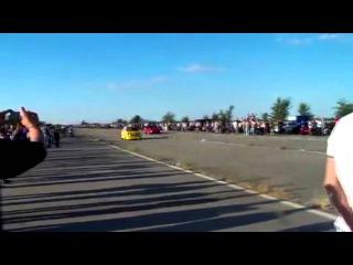 ZAZ 968 Корч VS Chevrolet Corvette Drag Racing Запорожец Рвет Корвета