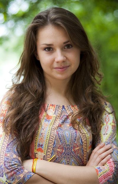 Астасия Зенина