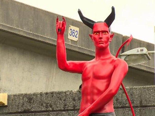 гадалка - культ Сатаны. Сатана. Дьявол. Люцифер ( фото, видео, демотиваторы, картинки) - Страница 2 4Q_qTmTr_pY