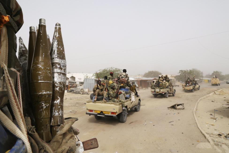 Armée Tchadienne - Page 5 KvXhnE8cQlg