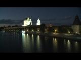 Андрей Турчак и Владимир Мединский зажгли инсталляцию «Россия» у стен Псковского кремля