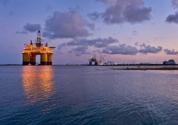 Цена барреля нефти Brent упала