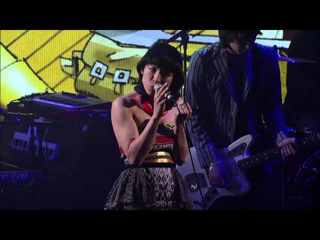 Gorillaz Empire Ants feat Little Dragon Live on Letterman