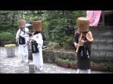 尺八を吹く虚無僧 Komuso monks play the Shakuhachi