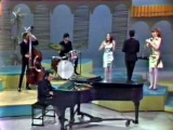 Sergio Mendes &amp Brasil 66 - Mas que nada (introduced by Eartha Kitt  Something Special 1967)