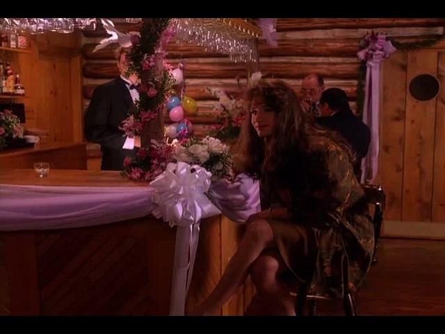 Дэвид Духовны Твин Пикс 2 сезон 11 серия букет невесты