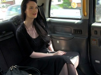 FakeTaxi Kitty E143 Online