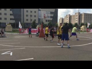 Оранжевый мяч 2015 Казань игра в группе.