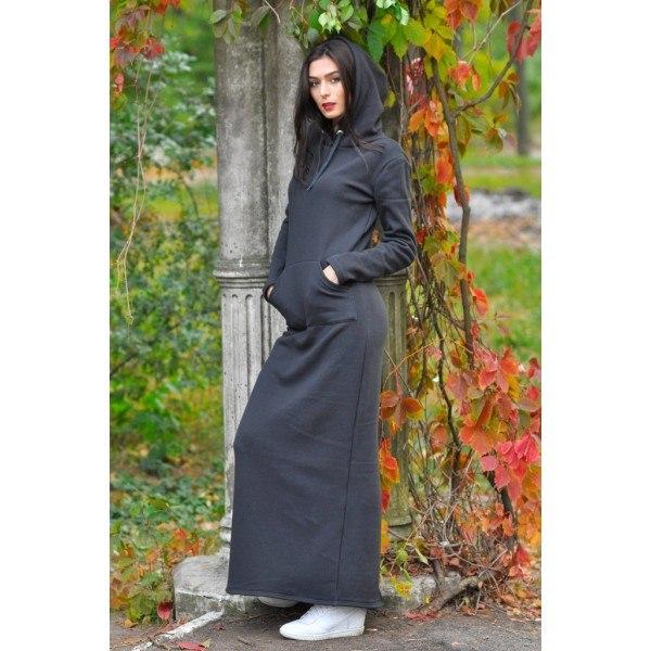Длинное платья с капюшоном