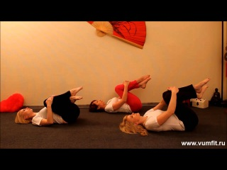 intimnie-video-shalosti-blondinok